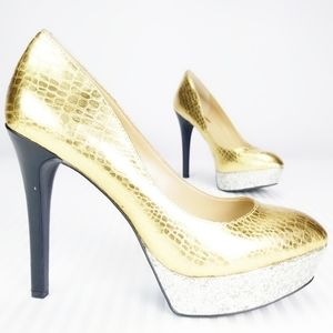 BCBGeneration Gold/Silver Heels Size 7 1/2 M
